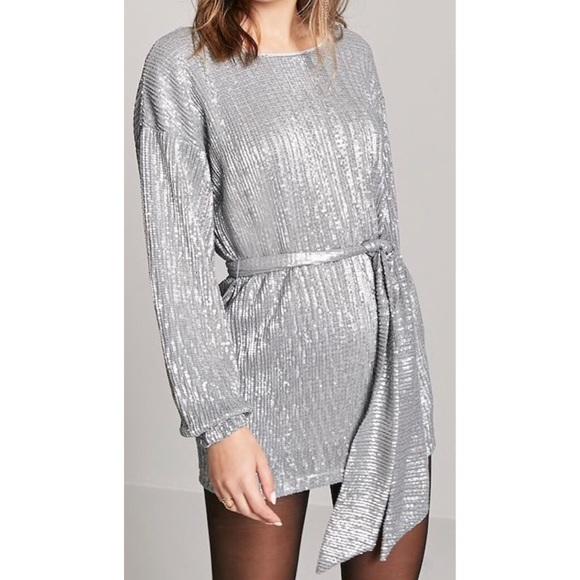 eb2747e55de7 Silver long sleeve sequin Forever 21 mini dress